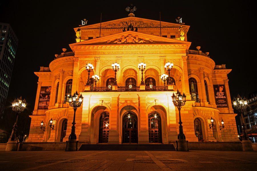 Frankfurt Alte Oper Pixabay User lapping-3464230